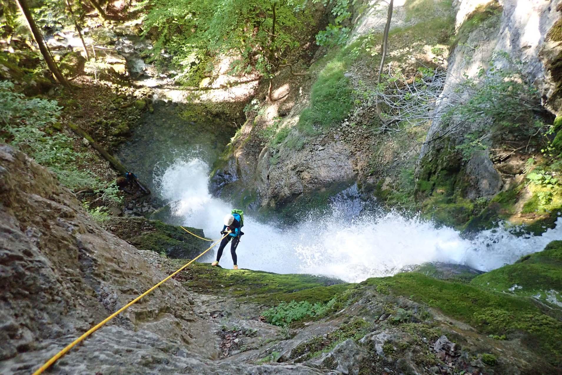 canyoning cascade activité