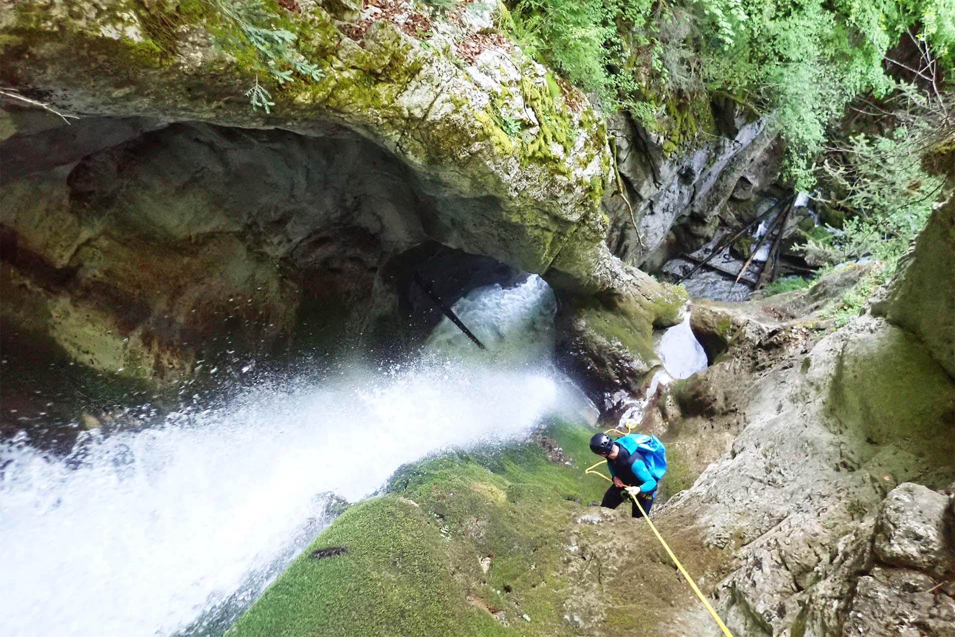 canyoning aventure en montagne