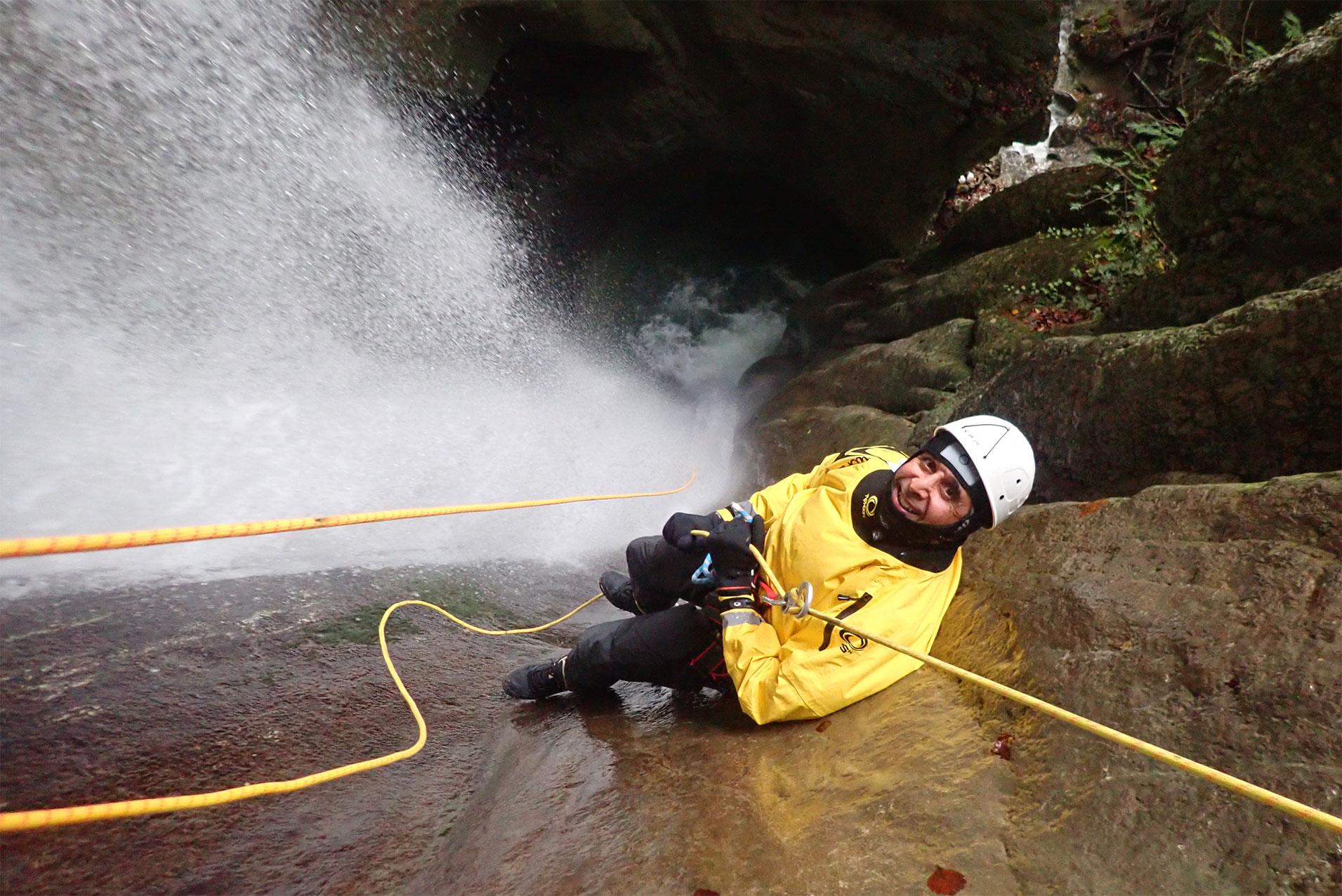 canyoning hivernal au la d'annecy